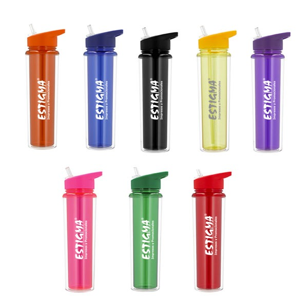Cilindro de plástico con doble pared Incluye: Popote y Boquilla Capacidad: 600 ml