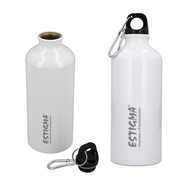 Botella de aluminio sublimable. Incluye gancho metálico. Capacidad de 600 ml.